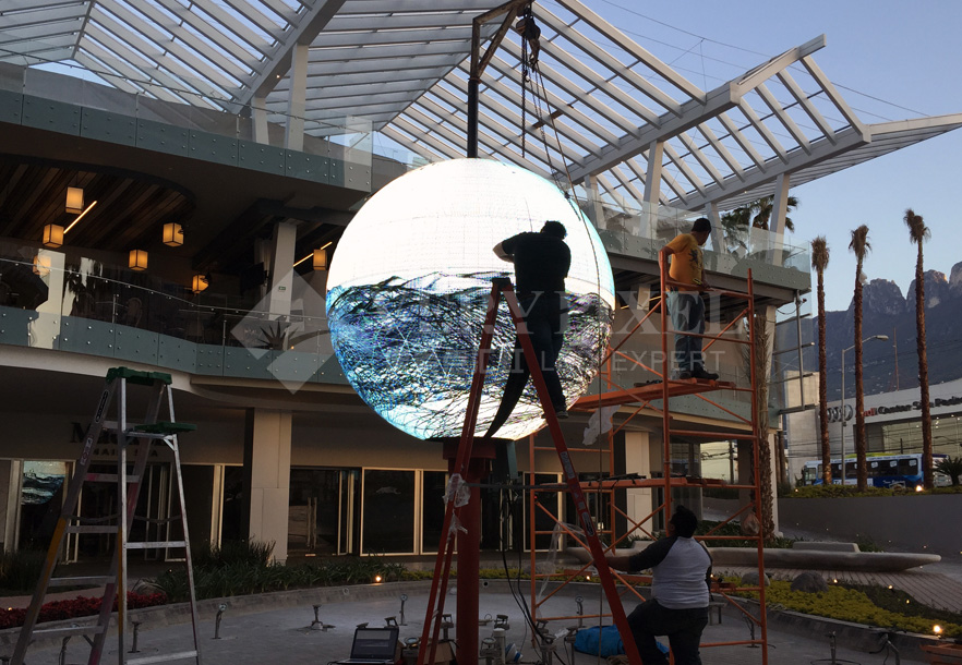 Outdoor DIA 3M LED Ball in Mexio